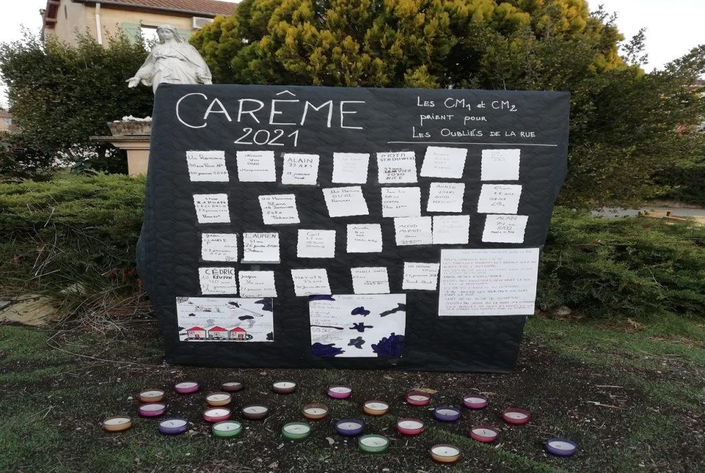 Ecole Sainte Marie Fuveau des noms d'oubliés de la rue et des poèmes sont affichés sur la stele photo article