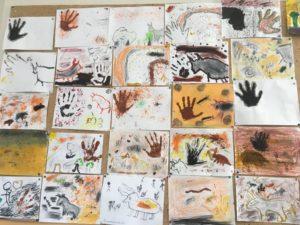 Ecole Sainte Marie Fuveau présentation des dessins finis art pariétal classe de CM1
